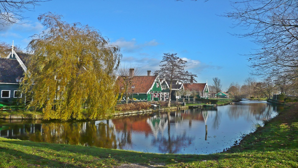 Ámsterdam, Zaanse Schans y Waterland – Canales y molinos