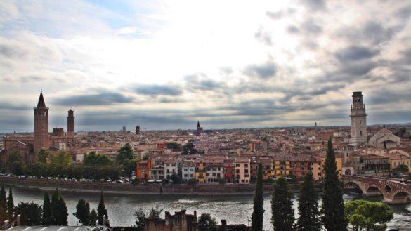 Casco Verona