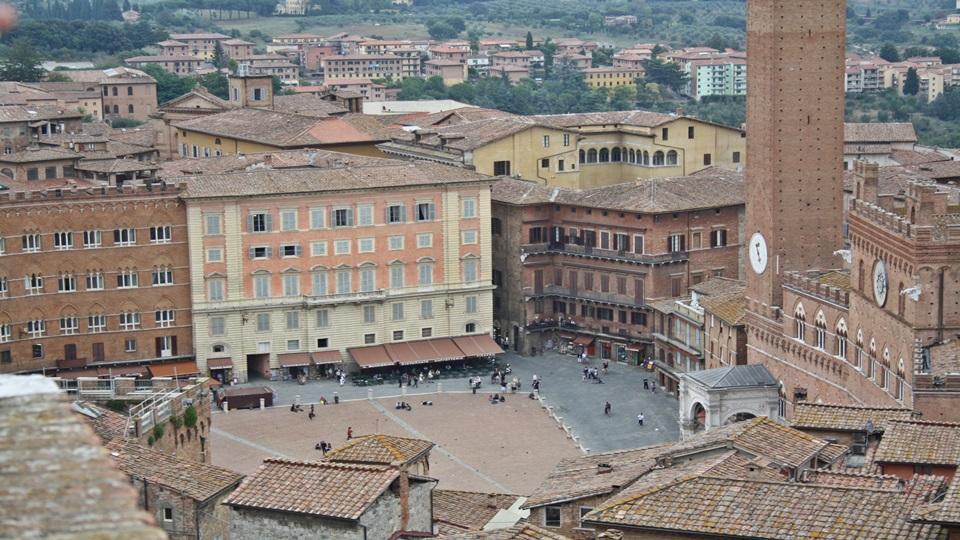 Toscana soleada – La Chiantigiana y Siena
