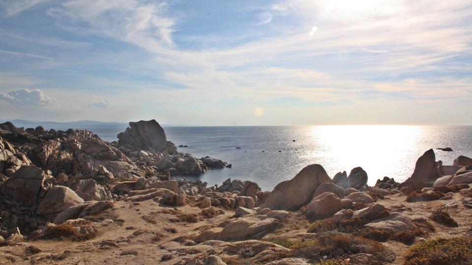 Isla de Cerdeña – Vistas a Córcega